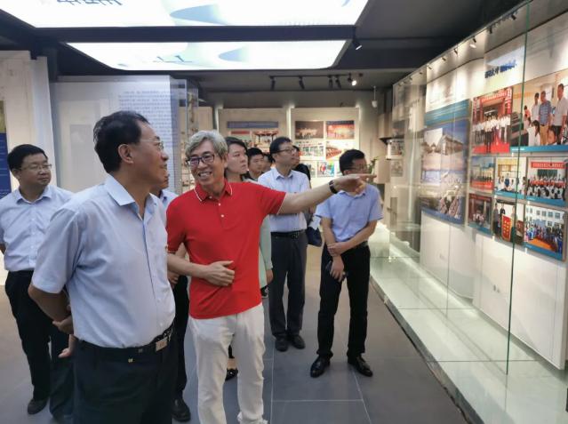 刘荣喜副市长到重山集团调研指导工作53