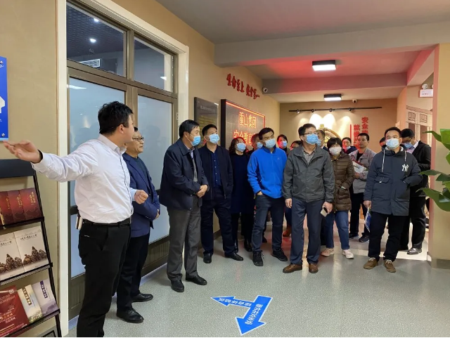 淄川区工信局等部门、企业负责人到集团调研22